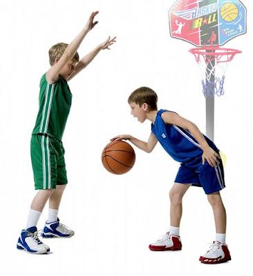 Chia sẻ bí quyết mua đồ chơi bóng rổ cho trẻ em an toàn, chất lượng, giá rẻ 2