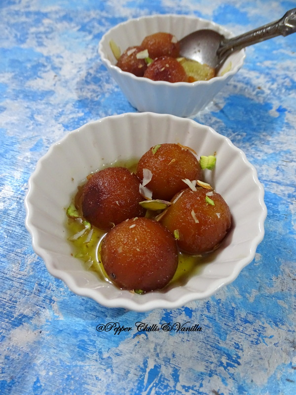 eggless gulab jamun with milkpowder