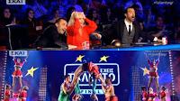 Χαμός στον τελικό του Ελλάδα έχεις ταλέντο ➤➕〝📹ΒΙΝΤΕΟ〞