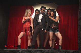 Ram Charan Teja Priyanka Chopra Super Police Tamil Movie Gallery  0007.jpg