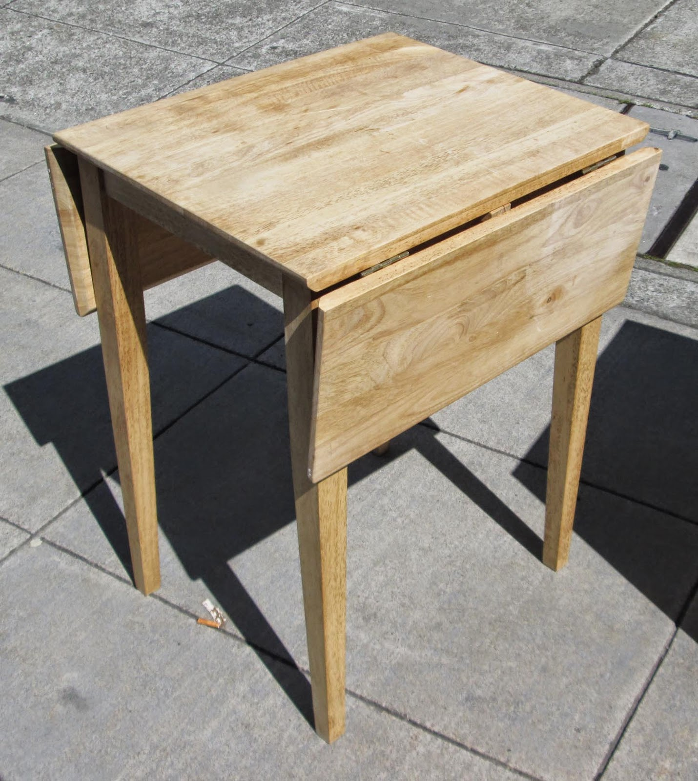 UHURU FURNITURE & COLLECTIBLES: SOLD Small Drop Leaf Table ...