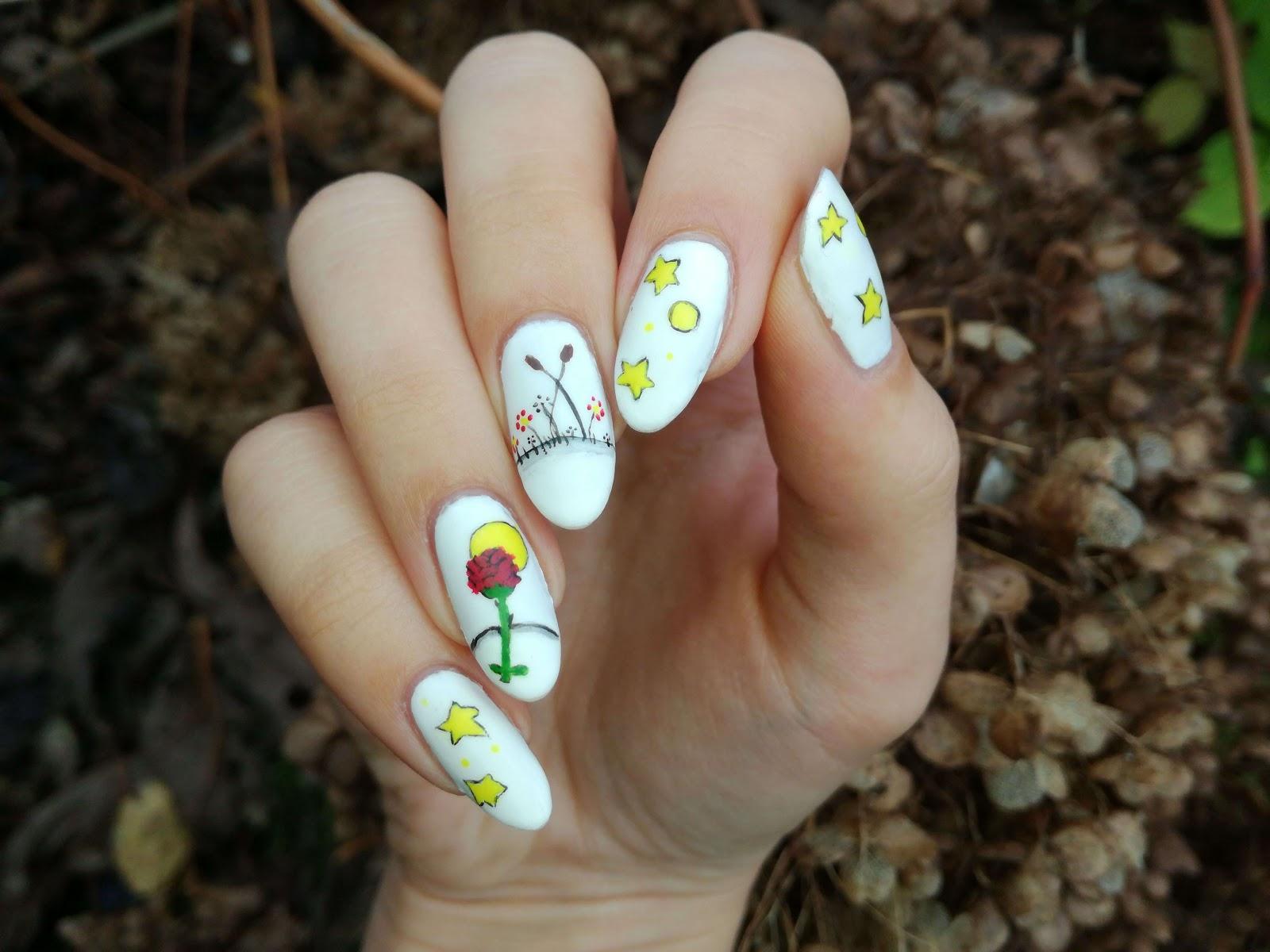 prawa dłoń - zdobienie malowane lewą ręką