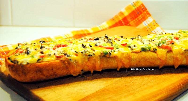 Spicy Cheese Bread AT Miz Helen's Kitchen Cottage