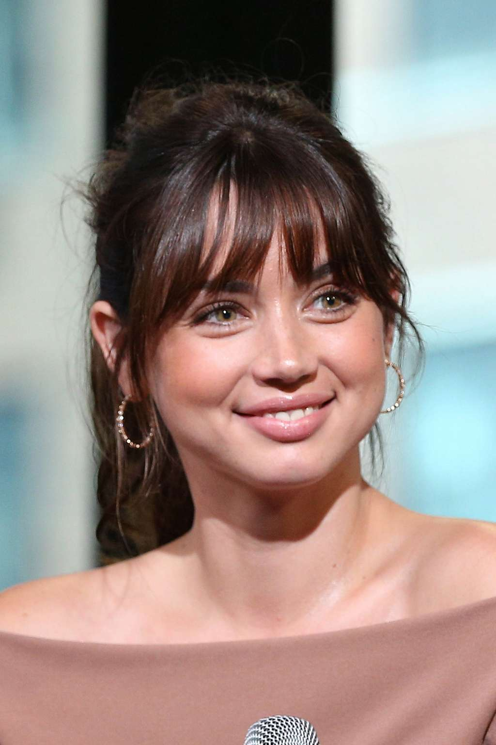Hot Ana de Armas – AOL Build Event in New York City