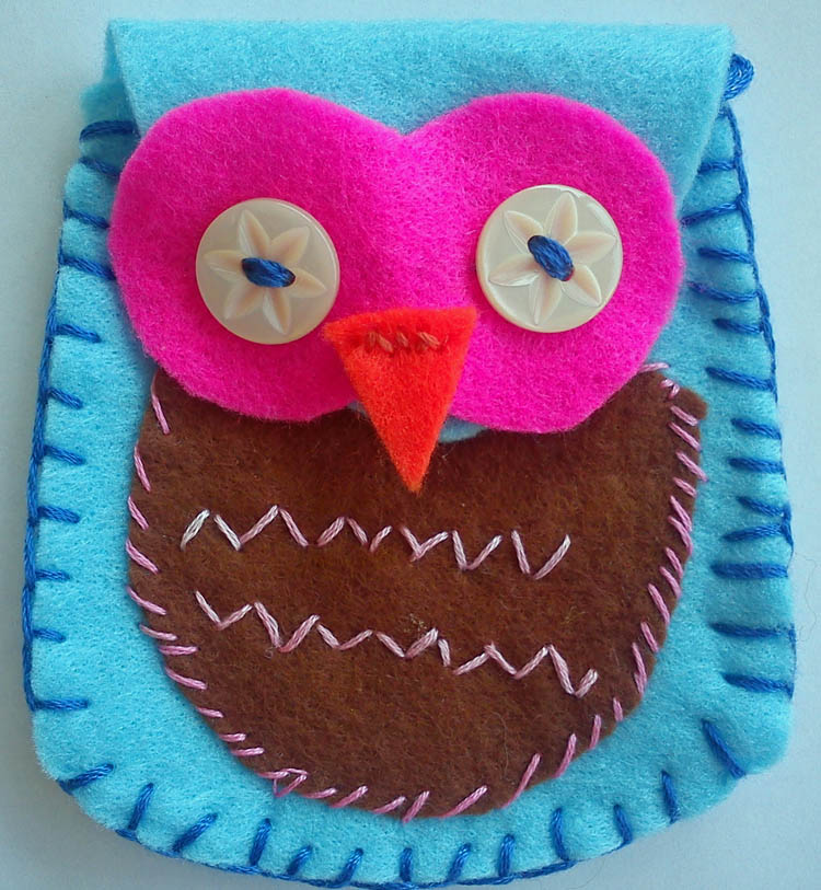 Craft and Activities for All Ages! Felt Owl Purse - Tutorial with