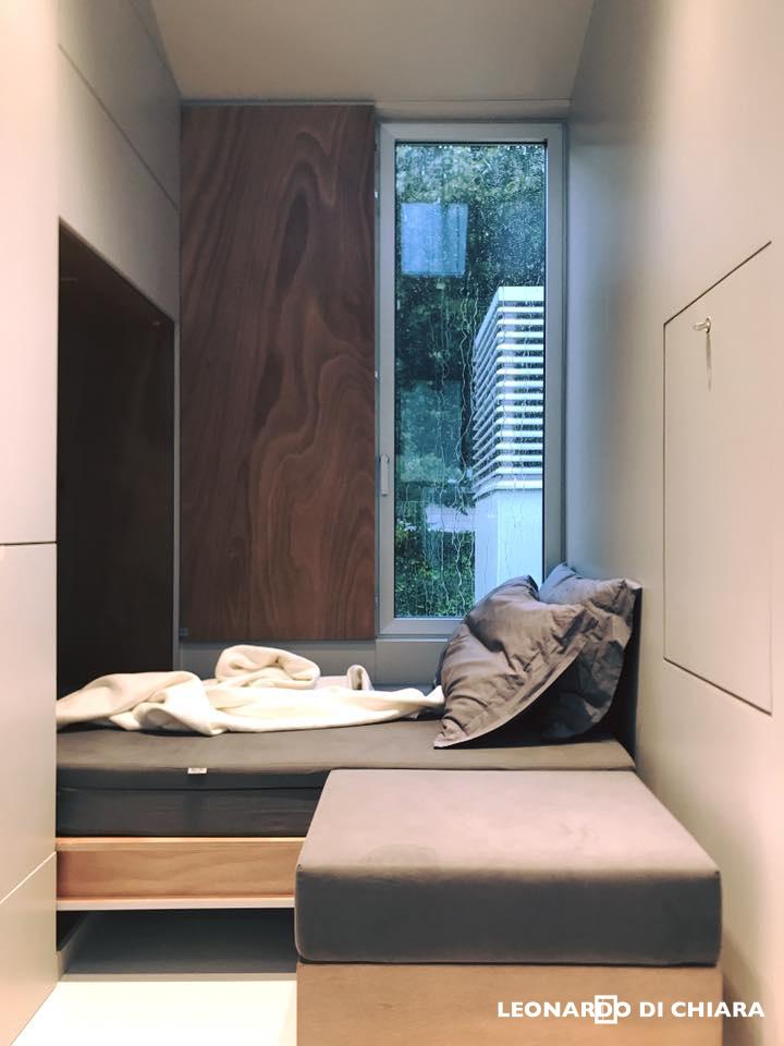 tiny house town avoid tiny house by leonardo di chiara. Black Bedroom Furniture Sets. Home Design Ideas