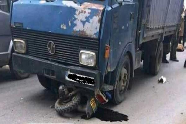 شاحنة تدهس صاحب دراجة وترديه قتيلا بتاجنة