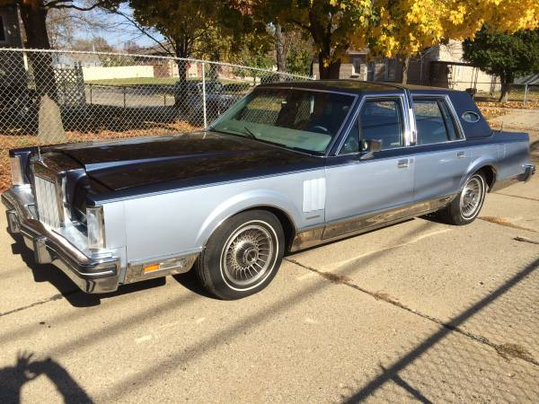 Daily Turismo: Panther Claw: 1983 Lincoln Continental Mark VI