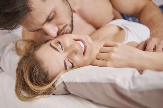 Adetliyken İlişkiye Girilir Mi? Adetliyken Seks Yapmak Caizmidir?