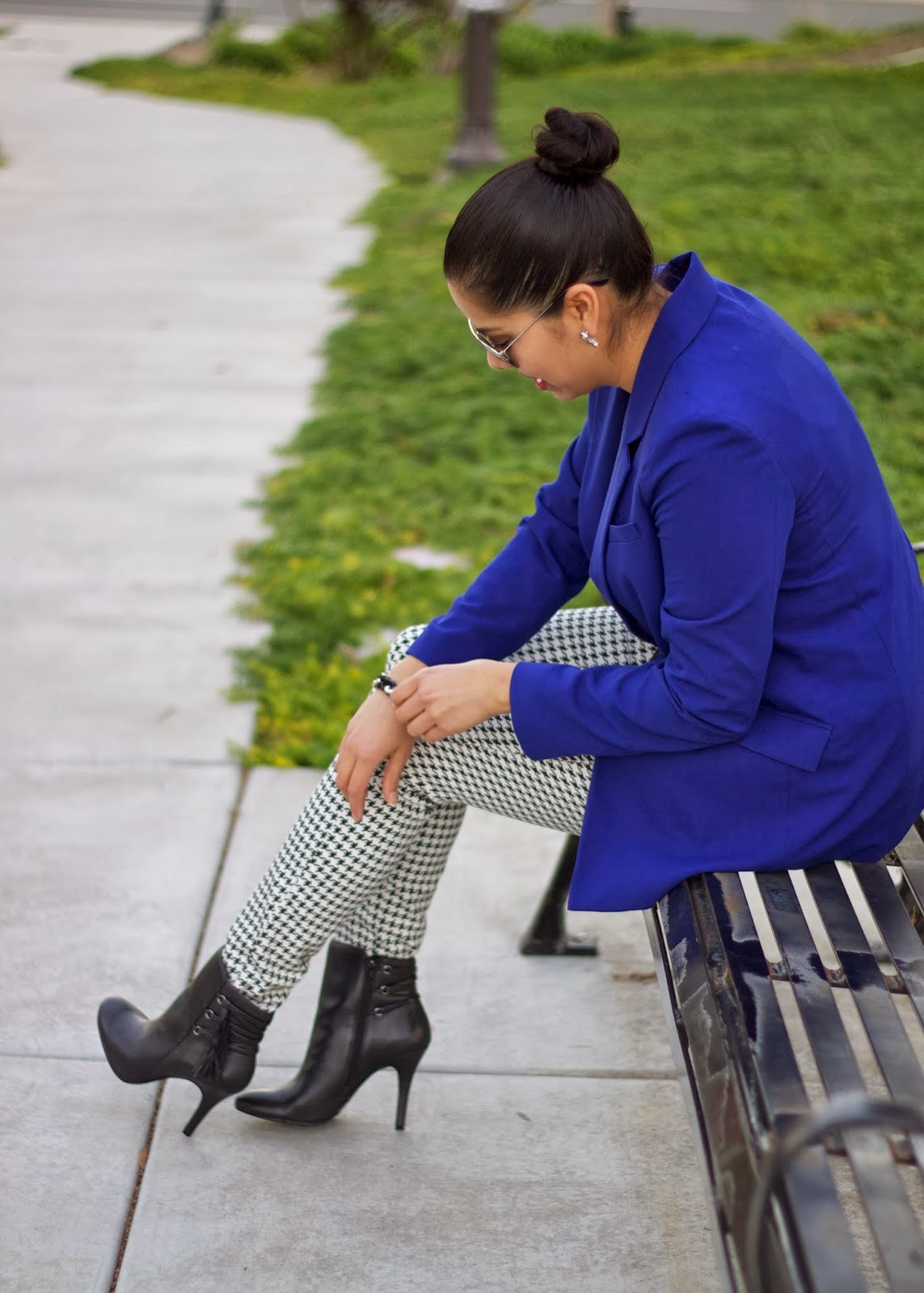 houndstooth and blue