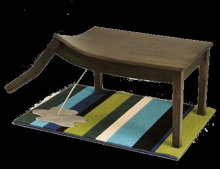 meja lucu seperti anjing kencing