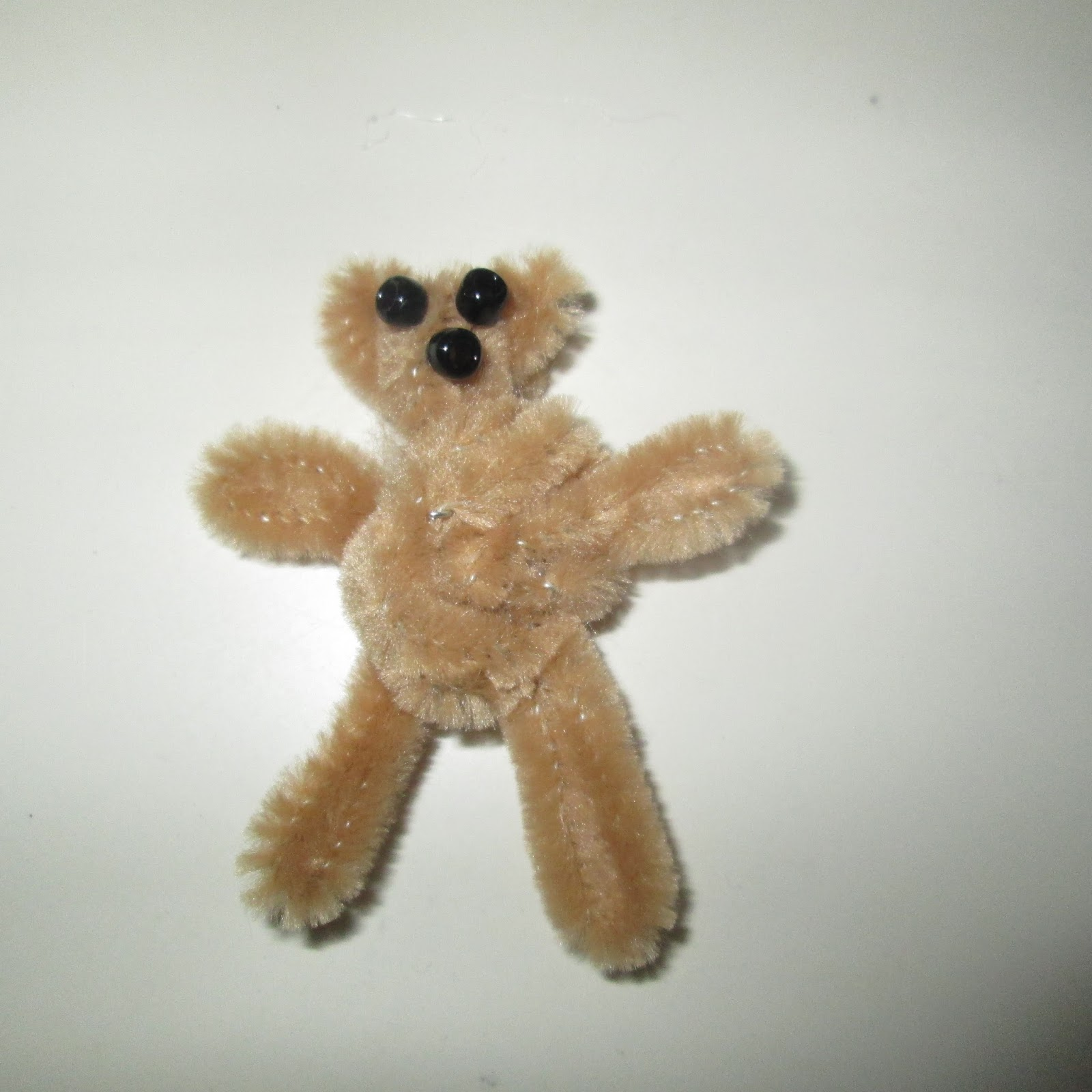 roommom27 pipe cleaner teddy bears for meals on wheels