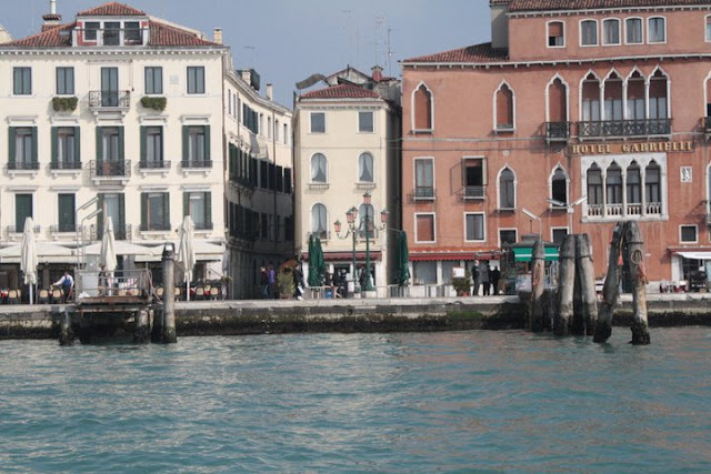 10 places I would love to travel venice