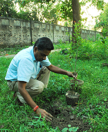 Planting Trees Project at Bidhan Sishu Udyan Project