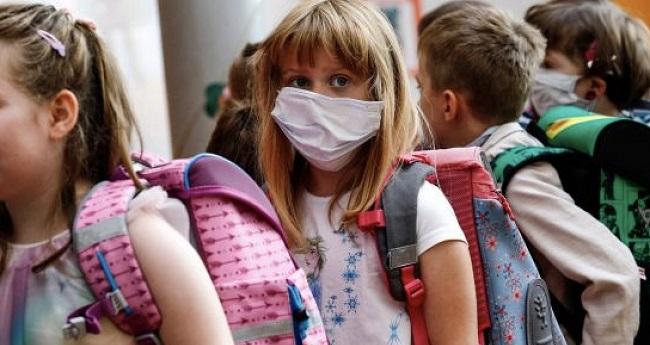 Δικογραφία για σελίδα «γονέων» στο Facebook κατά της χρήσης μάσκας στα σχολεία!