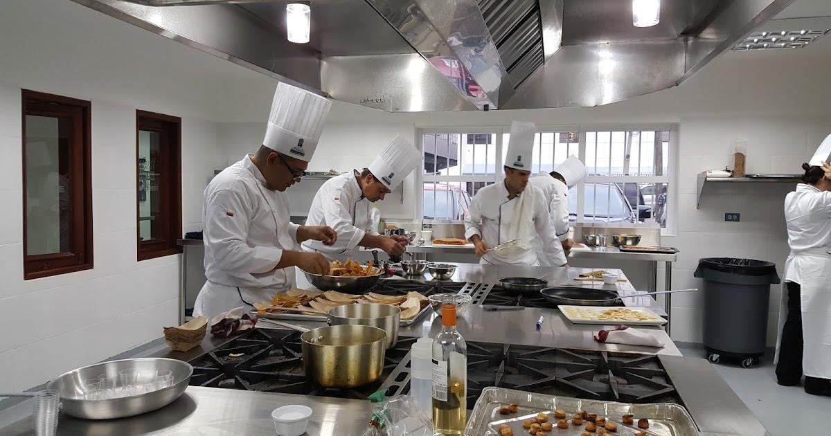 Abren en santo domingo escuela de gastronom a mariano for Escuela de cocina