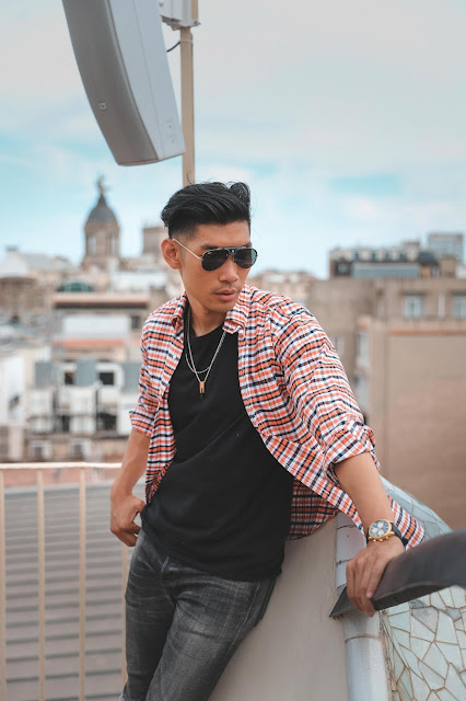 Outfit at Casa Mila - Asian Model and Blogger
