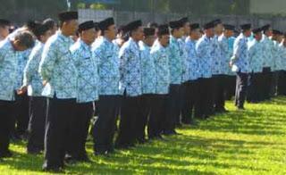 http://lokernesia.blogspot.com/2012/06/indonesia-masih-kekurangan-sekitar-36.html