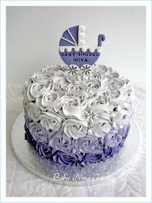 tarta  baby shower lila y blanco