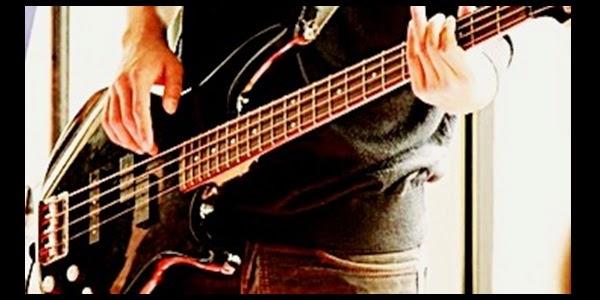 Bermain Bass Untuk Musik Blues
