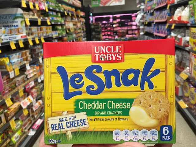 Uncle Tobys - Le Snack Crackers with Cheese Dip