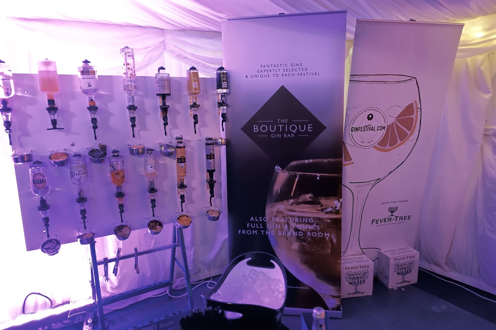 The boutique gin bar at the gin festival