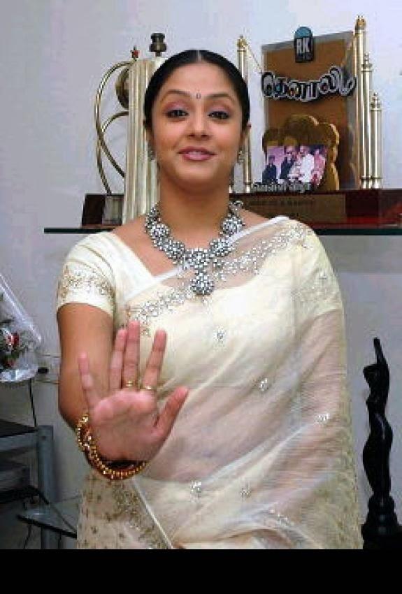 Read Hot Tamil Kamakathaikal With Photos Of Aunty Actress-7416
