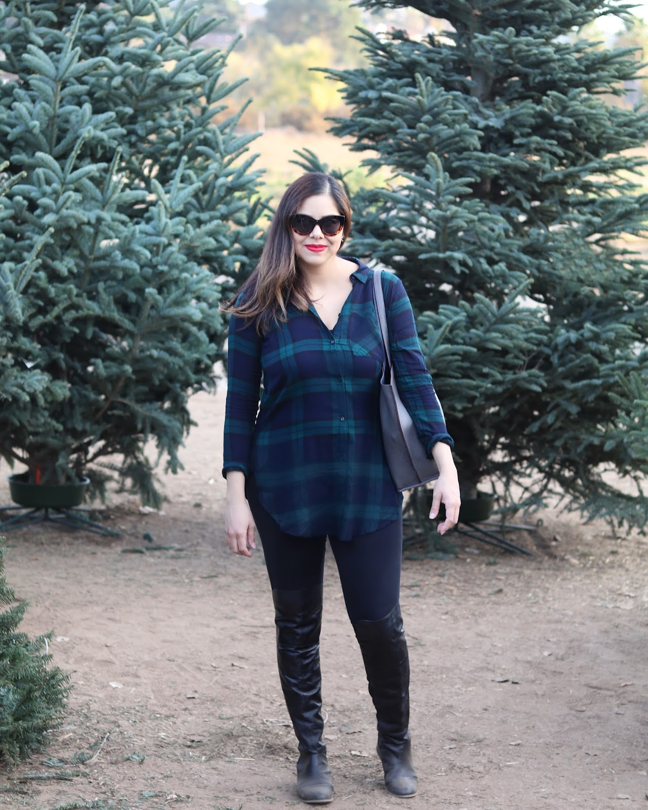 Christmas Tree picking outfit, women's Christmas Tree picking outfit, San diego fashion blogger, san diego style blogger