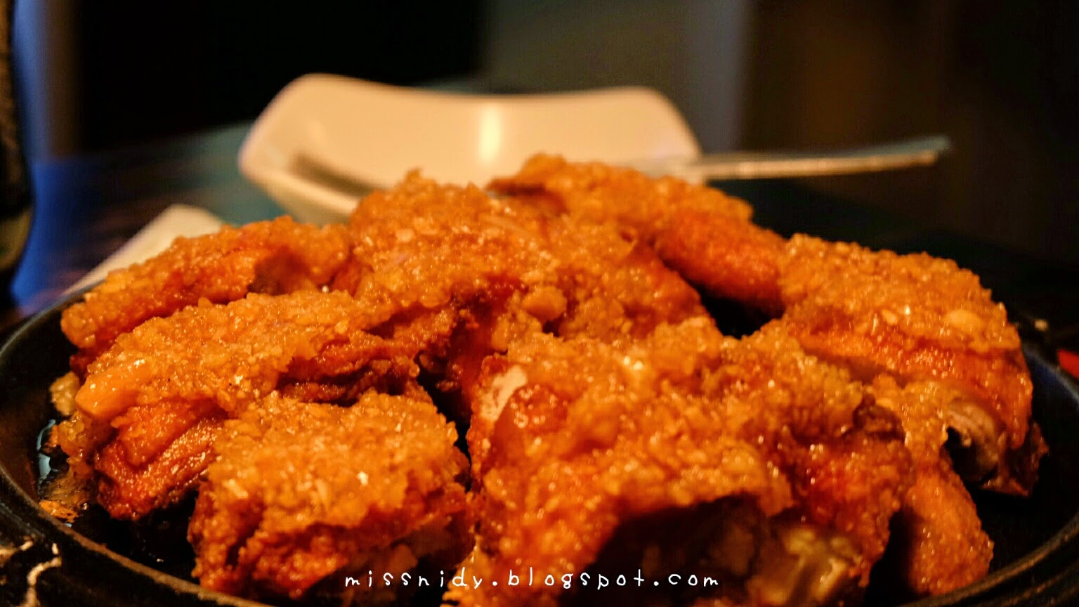 korean chicken wings in seoul