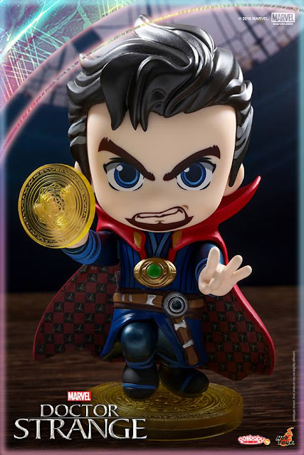 Doctor Strange Marvel Cosbaby Mini Figure Bobble Head by Hot Toys