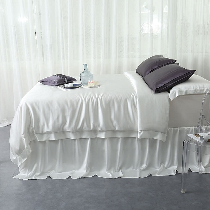 https://www.freedomsilk.com/25-momme-seamless-luxury-bedding-sets-p-54.html