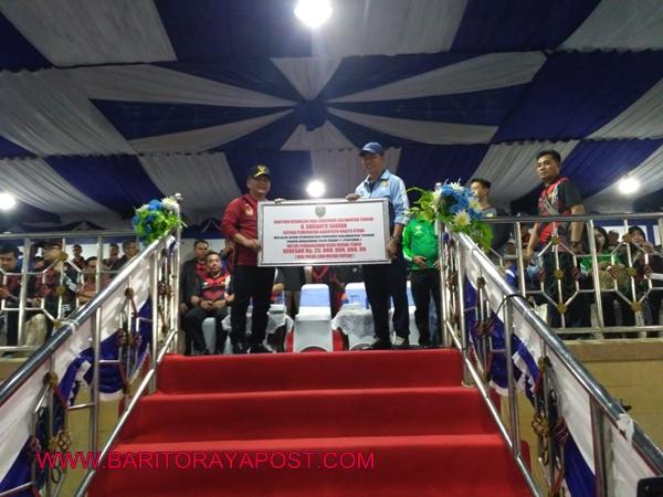 Gubernur H. Sugianto Sabran Resmi Buka Porprov Kalteng XI di Muara Teweh