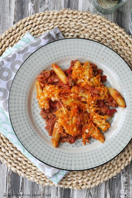 Schupfnudel-Hack-Auflauf mit Möhren-Käse-Kruste | Rezept | Kochen