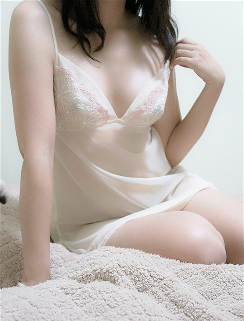 百度貼吧女神超極品白嫩美乳蝴蝶騷美人三部收集