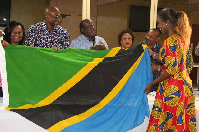 MSANII WA FILAMU MONALISA KUWAWAKILISHA WASANII WENZAKE NCHINI GHANA KATIKA TUZO ZA AFRICAN PRESTIGIOUS AWARDS