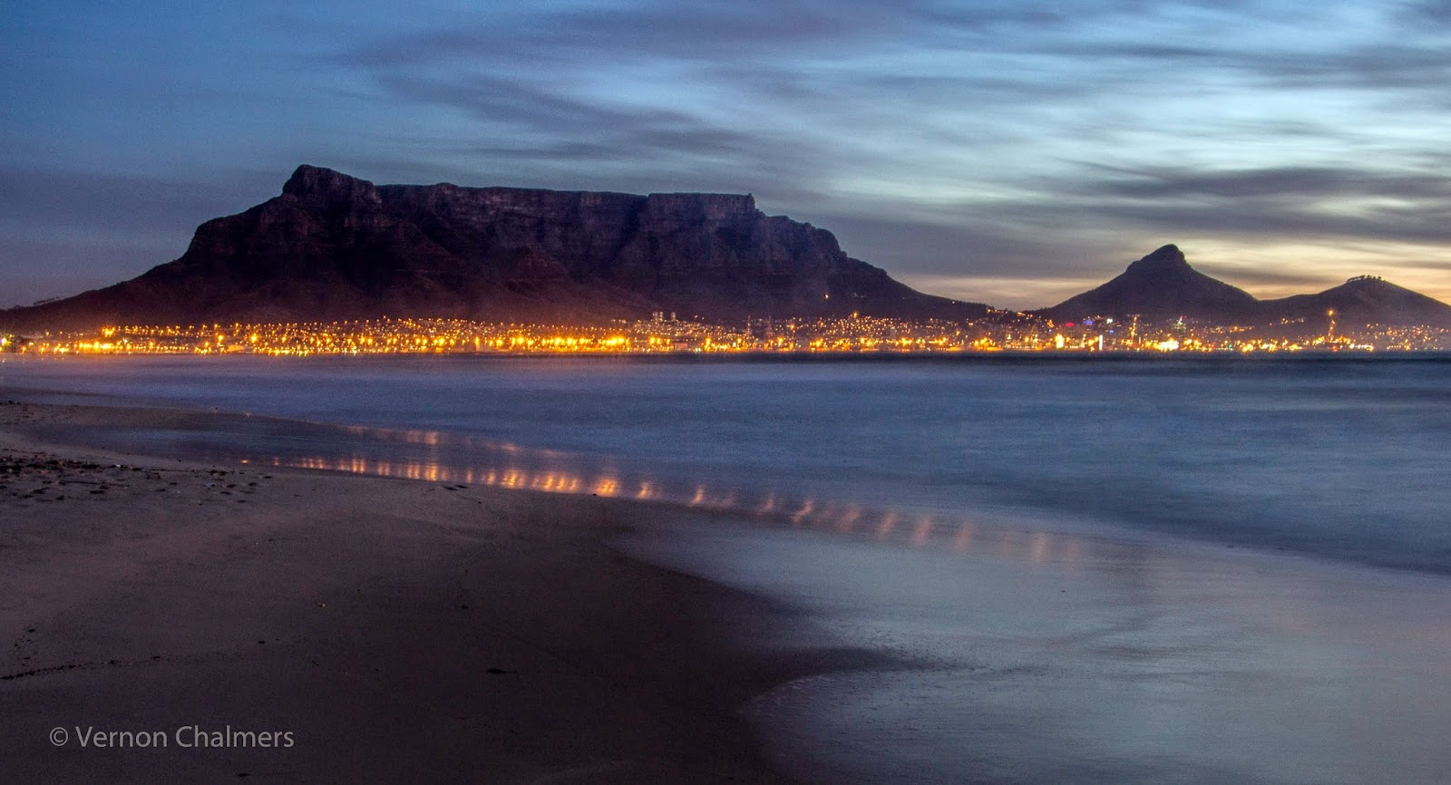 Copyright Vernon Chalmers: Sunset from Woodbridge Island and Milnerton beach / Cape Town