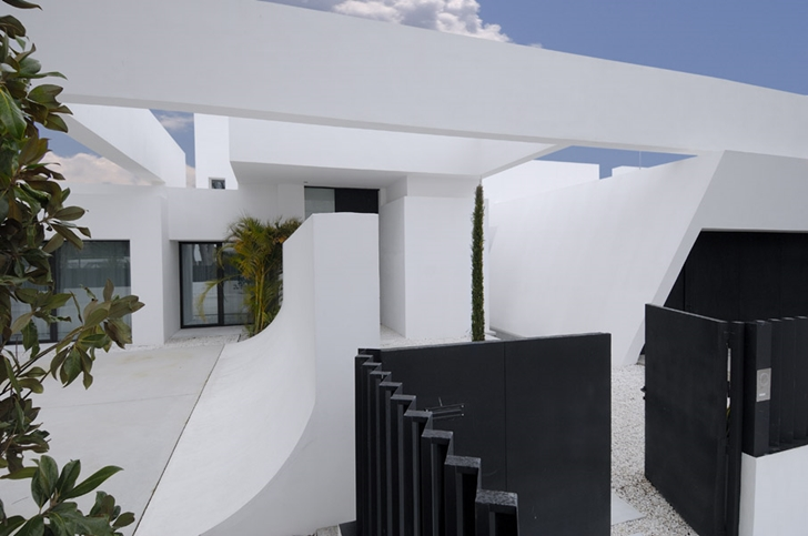 Modern exterior facade on Sotogrande House by A-Cero Architects