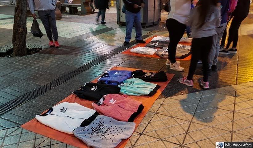 Ambulantes nas ruas de Santiago - Diário de Bordo Chile: 8 dias em Santiago e arredores