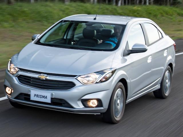 Novo Chevrolet Prisma 2017 - Prata
