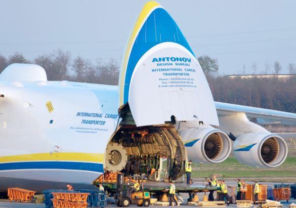 Antonov An-225 cargo