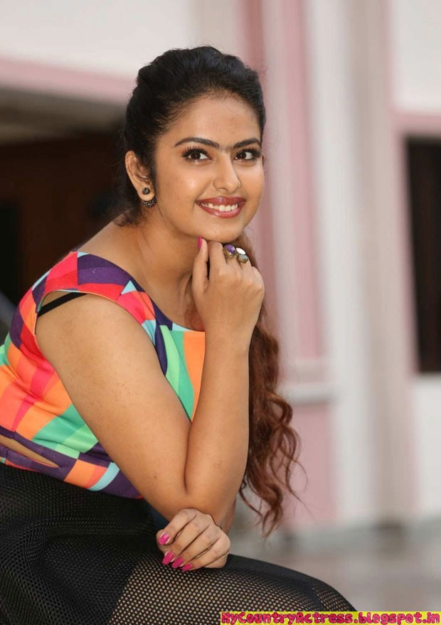 my country actress actress avika gor in latest spicy dress