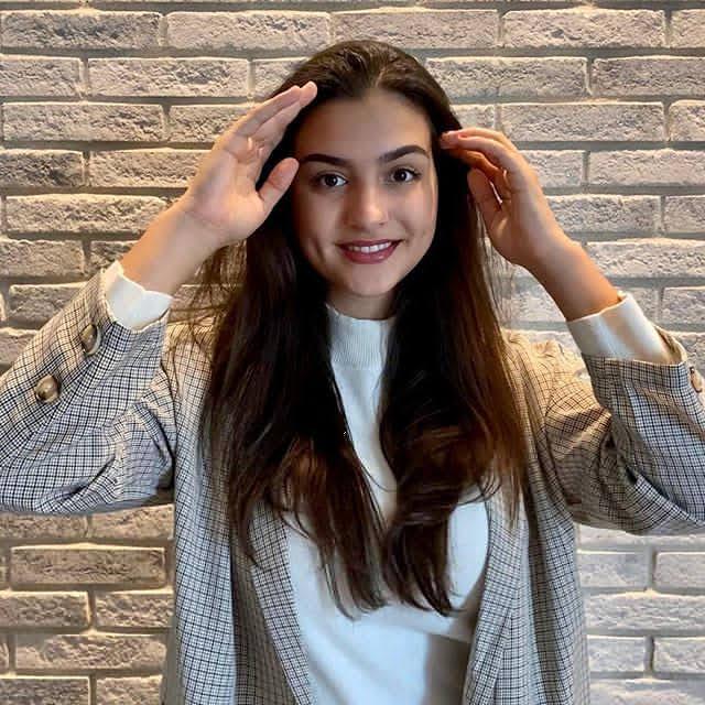 Mila Antonovic 13