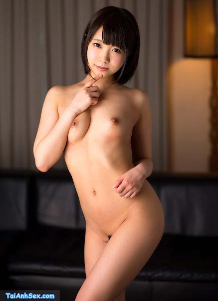 tai-hinh-nude-khoe-buom-cua-gai-moi-lon-makoto-toda