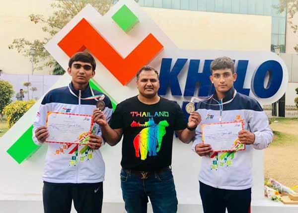 खेलों इंडिया में बॉक्सर हर्ष ने रजत व पुष्पेंद्र ने जीता कांस्य