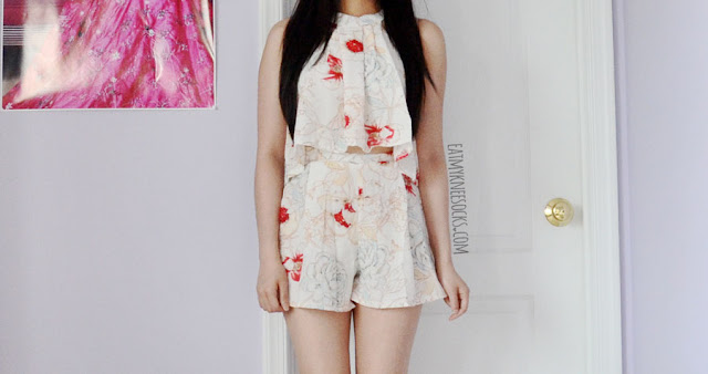 Details on the floral 2-piece tie-neck crop top and flowy high-waisted shorts set from Wholesalebuying.
