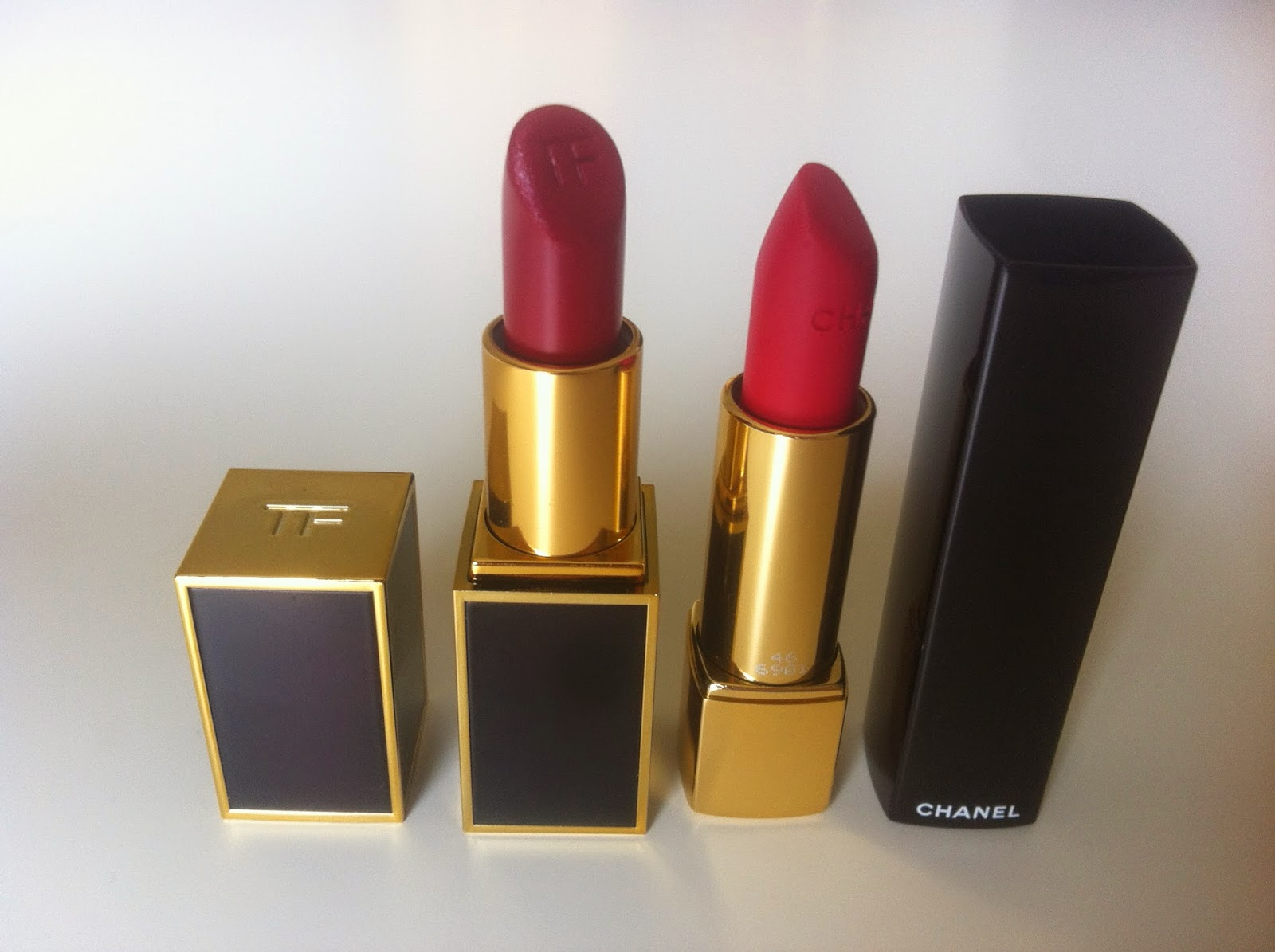 tag the lip products addict, tom ford lipstick vampire's kiss, chanel rouge allure velvet la malicieuse