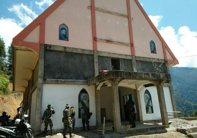 Tak Kenal Lelah, Satgas TMMD 103 Kodim 1414 Tana Toraja, Perbaiki Bangunan Gereja Toraja Karre Limbong