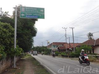 sekitar simpang Tegineneng