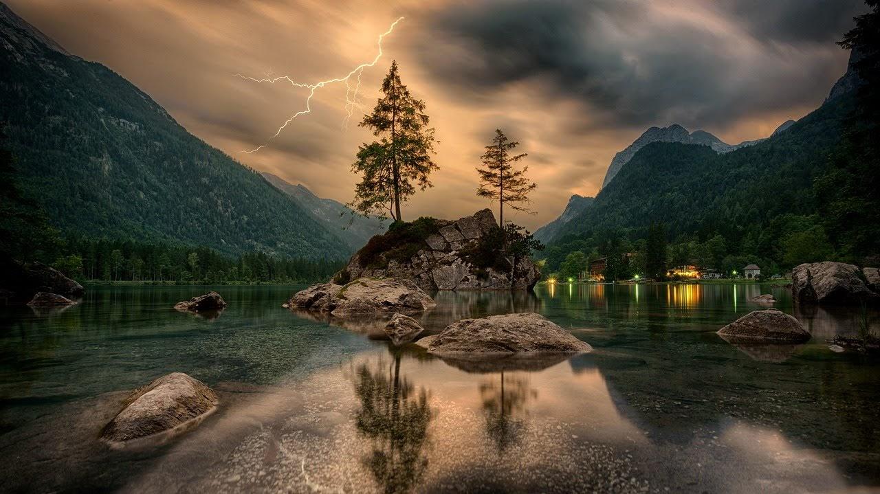 صورة البرق بين الجبال والانهار - اجمل واحلى صور الطبيعة الجميلة والخلابة في العالم