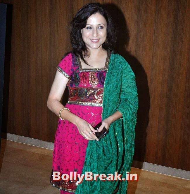 Kishori Shahane, Marathi Actresses Pics from Music Launch of Marathi Film Lai Bhari - June 2014